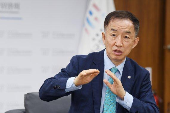 김사열 위원장 인터뷰 사진